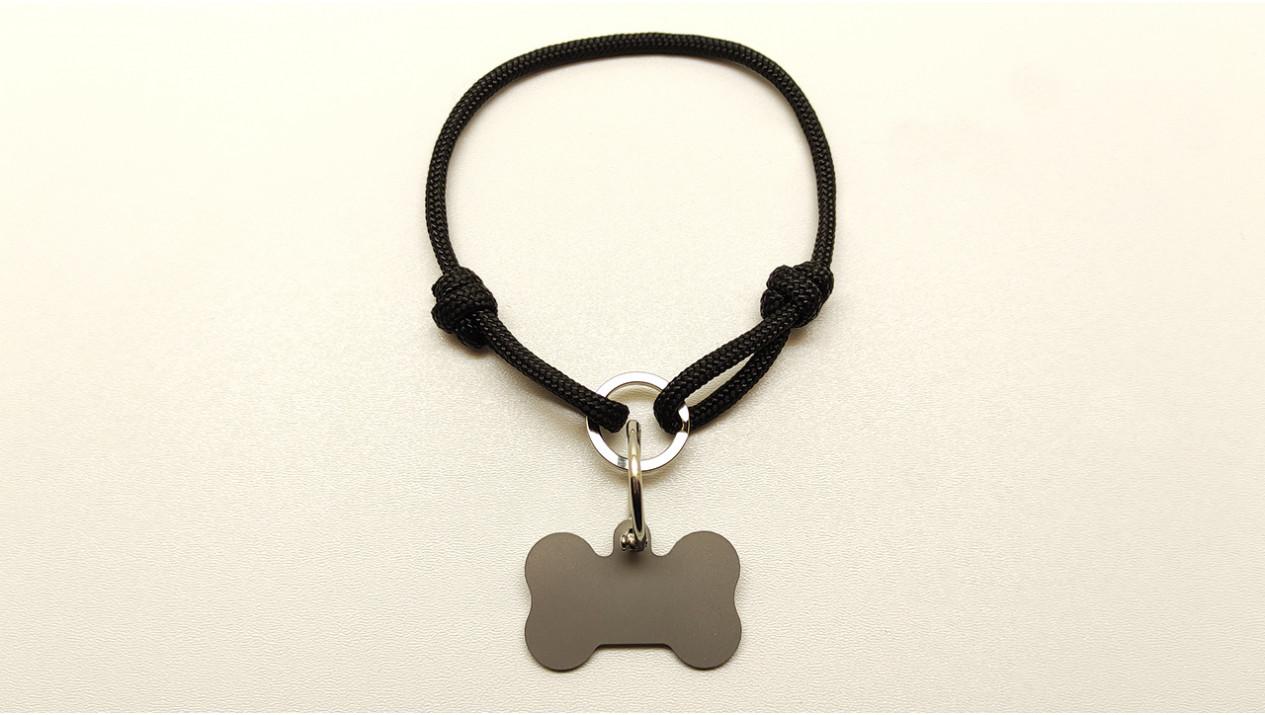 Нашийник - шнур паракордовий чорний для адресника з двома вузлами і кільцем (5мм)
